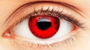 العيون الحمراء